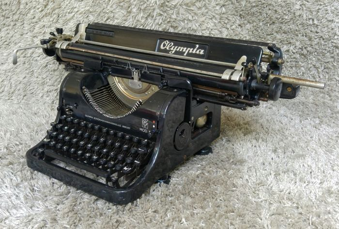 Olympia 8 Large Format - Antique Typewriter - 1949 - Germany