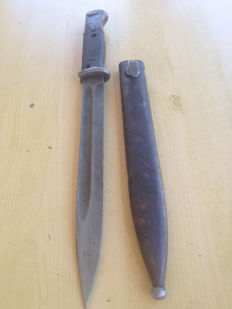 German K98 bayonet with wooden handle 43asw
