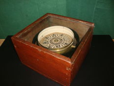 Constantine Pickering & Co Ltd Dry Card Compass - England - Circa 1890