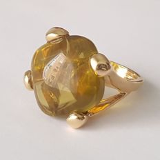 18 kt – Large 18 kt yellow gold ring with a citrine of 25 ct – Size: 17.5 mm,, 15/55 (EU).