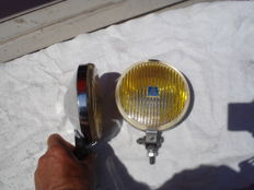 Two HELLA FOG LIGHTS type 140 with a diameter of 140 mm from the 1970s and 1980s.