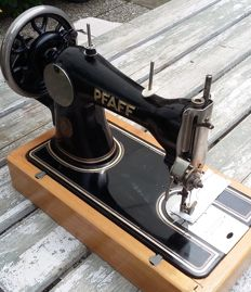 Solid Pfaff 31 Hand Sewing machine, Germany approx.1930