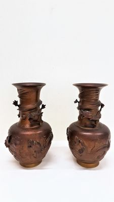 Two Chinese copper vases with dragons in relief - China - mid 20th century