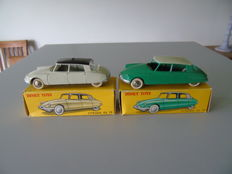 Dinky Toys-France - Scale 1/43 - Lot of 2 Citroën DS 19 - No.24C