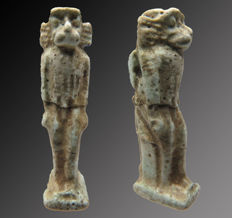 Egyptian faience amulet of Toth depicted as a baboon - 34 mm