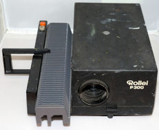 Rollei P300 diaprojector