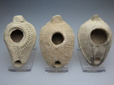 Byzantine terracotta decorated oil lamps - 10-9 cm (3)