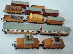 Arnold N - 2x e-loc + wagons, DIY after SBB/CFF example