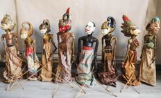 8 wayang golek puppets - West Java - Indonesia - mid 20th century
