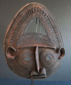 Large Yam Mask - WOSERA REGION - Papua New Guinea