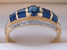 Certified gold LeVian cocktail ring with diamonds & sapphire - 0.92 ct in total - **No Reserve**