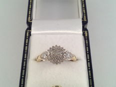 Vintage yellow and white gold ring with diamonds, ring size 17.25/54