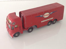 Budgie Toys - Scale 1/48 - Pluto Aircraft refuelling tanker truck 'Esso' - No.256