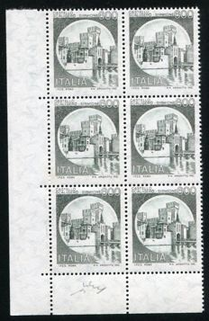 Italy 1980 -  Color and Perforation error  'Castello Scaligero' in block of 6 – Bolaffi N. 1628B
