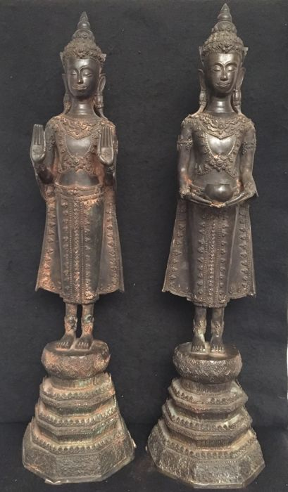 Pair of bronze Buddhas - Thailand Ratanakosin – Late 20th century