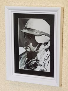 Sir Jack Brabham (RIP) 3- times worldchampion F1 hand signed glossy white framed photo + COA