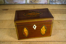A Sheraton style mahogany and boxwood marquetry twin tea caddy - England - circa 1790