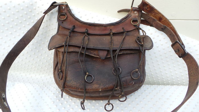 Magnificent small game bag   cartridge bag 1900-1910