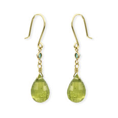 750/1000 (18 kt) yellow gold - earrings - 0.10 ct emerald - olivine - earring height 32.00 mm