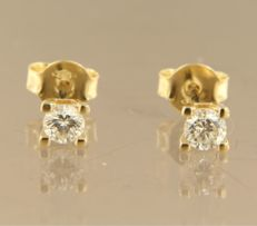 14 kt yellow gold, solitaire ear studs set with brilliant cut diamond, in total approx. 0.50 ct ****NO RESERVE PRICE****