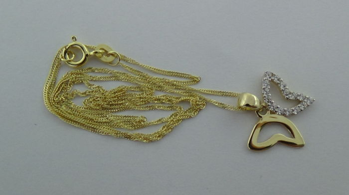 14 kt Gold Singapore Necklace with a Pendant (Butterfly) – Length: 45.5 cm
