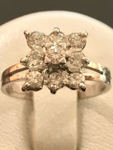 white gold ring and Top Wesselton diamonds 0.50 ct ** no reserve price **, size 49/15.59 mm