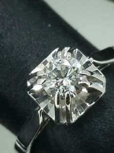 Solitaire ring with diamond of 0.40 ct - size 55