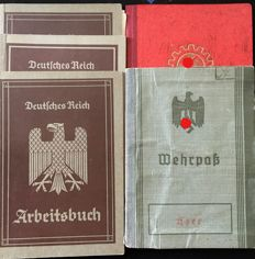 WW II Lot of 3 work books and one member book, DAF and military service pass