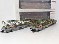 Märklin H0 - 47005 - 2x Flat cars with stanchions and load of the SBB CFF FFS (1620)