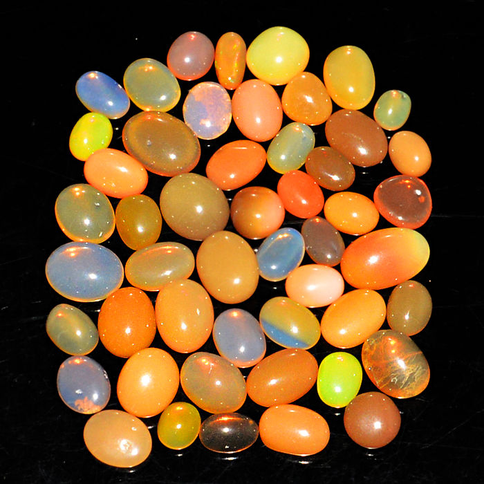 Lot of natural Fire Opal from Ethiopia - 6 to 11 mm - 51 ct