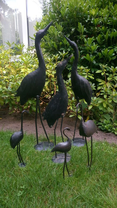 6 Gorgeous metal birds for both inside and outside