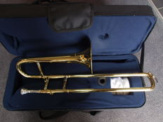 New ChS small trombone with hard foam case, also for adults