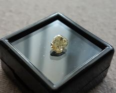 1.02 ct Yellow Chusion Diamond ** no reserve price **