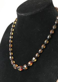 Faceted Baltic Amber necklace, greenish yellow, brown colour, 14 gr.