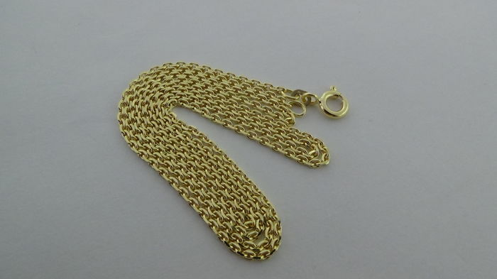14 kt gold anchor link necklace – Length: