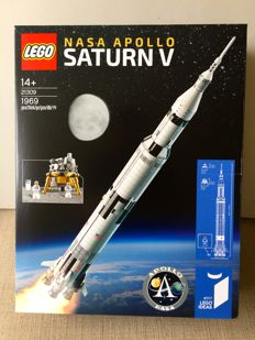 Ideas - 21309 - Nasa Apollo Saturn V - (2017)