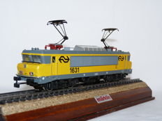 Märklin H0 - 3326 - Electric locomotive Series 1600 of the NS, no. 1631