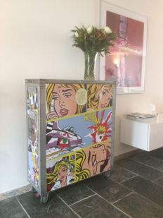 KLM full-size airline service trolley – featuring 'Pop Art' images