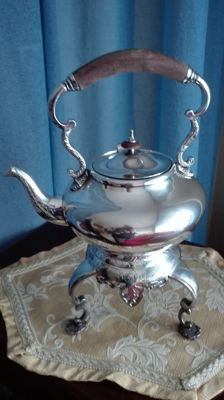 Sheffield silver plated teapot in perfect condition