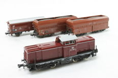 Fleischmann/Minitrix N - 7230 - Diesel loco BR 212 with 2 self-unloaders and 1 sliding-roof wagon of the DB