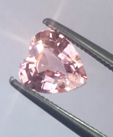 Pink sapphire - 0.89 ct
