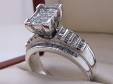 Certified silver entourage ring set with 106 diamonds **No Reserve**
