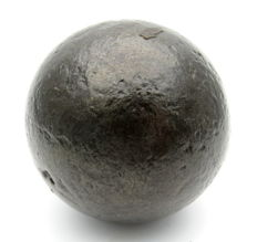 Medieval period - French Ship's Cannon Ball - 60mm / 867.3gr