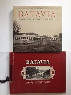 Indonesia;  Lot with 2 photo books about Batavia - E. Breton de Nijs [Rob Nieuwenhuys] -  Batavia,  Koningin van het Oosten  / Scott Merrillees - Batavia in Nineteenth Century Photographs - 1976 / 2000