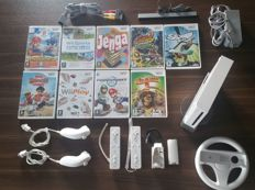 Nintendo WII incl 9 Games and 2 controllers