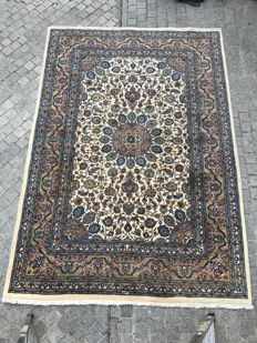Very beautiful handmade oriental Persian rug from Mashhad 203 x 290 cm