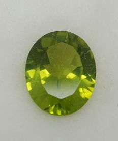 Peridot - 3.37 ct - NO RESERVE PRICE