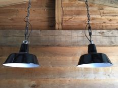 'Siemens' - Enamel industrial factory light, new old stock! (2x)