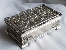 Silver plated (on red copper) Art Nouveau jewellery box