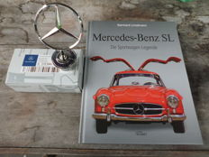 Original MB Star and Book - Mercedes Benz SL.  Die Sportwagenlegende